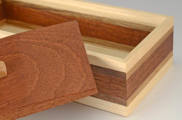 A Simple Box detail